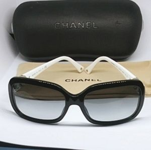 💯Authentic chanel Sunglasses 😎